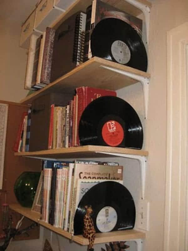 vinyl-stands
