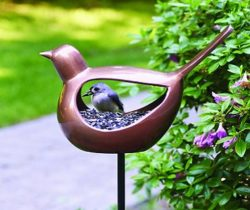 Bird-Shaped Feeder