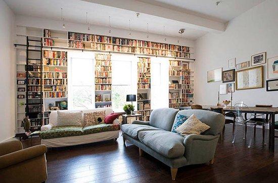 Weird-Wonderful-Room-Designs-shelves