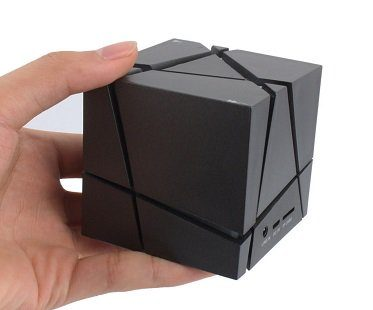 Wireless Cube Speaker black