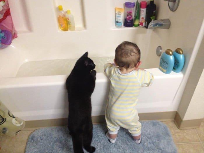 every-kids-need-pets-bath