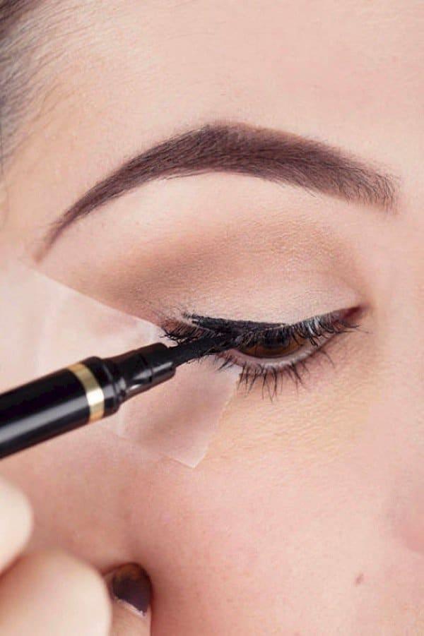 eyeliner-freehand