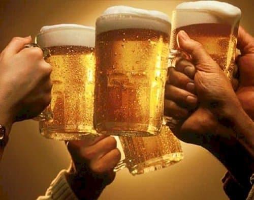 hangover-cleaning-hacks-beer