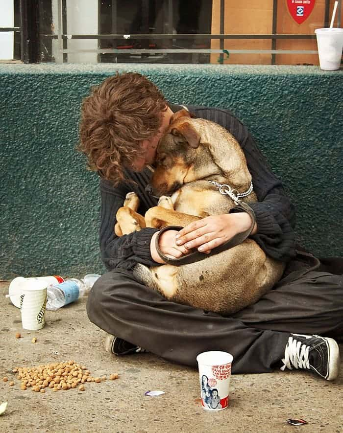 homeless-dogs-unconditional-love-arms