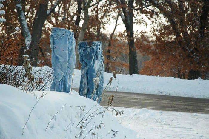 jeans-snow