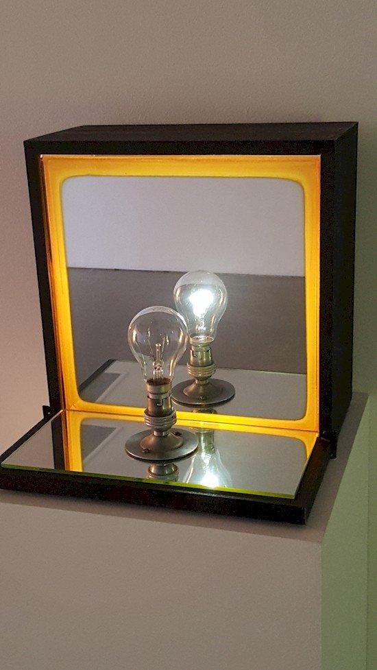 lightbulb mirror