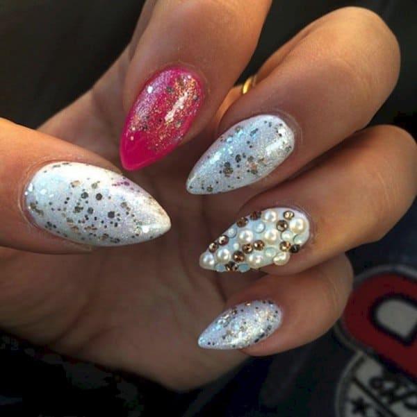 nails-pointy