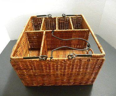 picnic basket organizer rattan