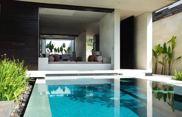 pool-bedroom-plants