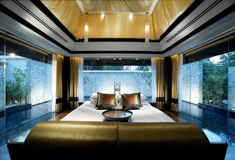 16 awesome bedrooms with adjacent pools