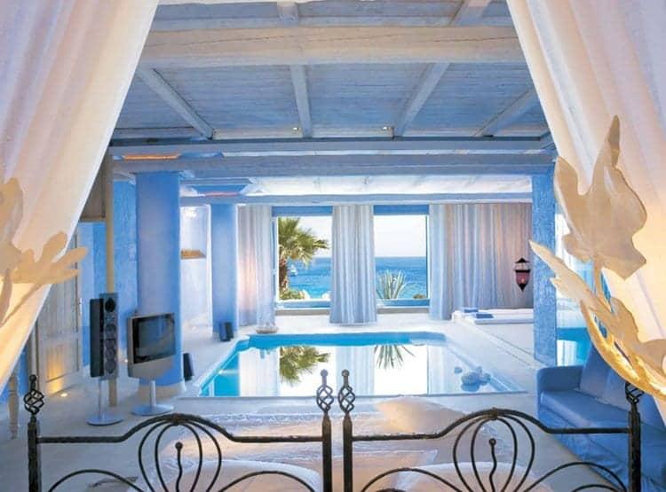pool-bedroom-view