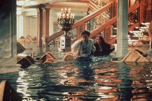titanic flooding scene