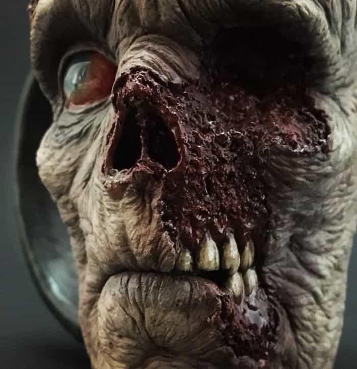 zombie-mug-close