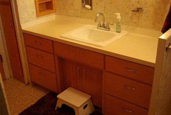 This Woman Transforms Her Bathroom Vanity By Simply Using