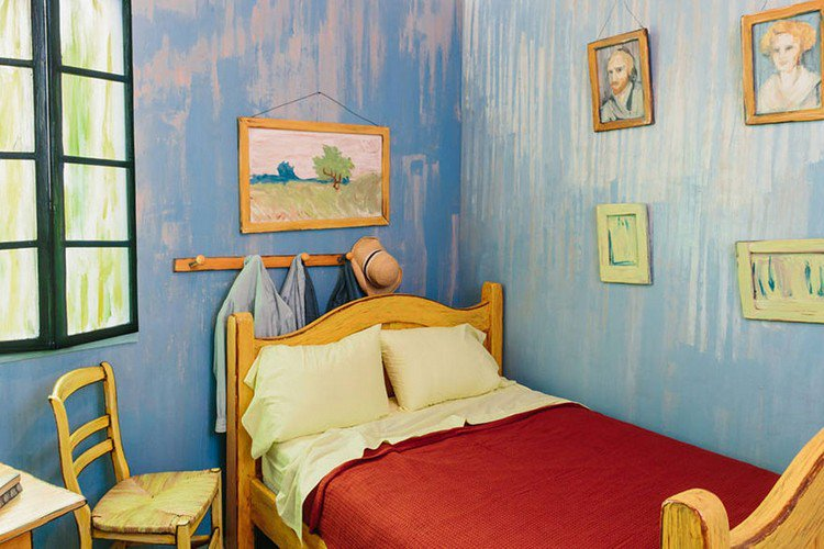 bed van gogh room