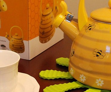 bee hive kettle box