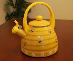 bee hive kettle yellow