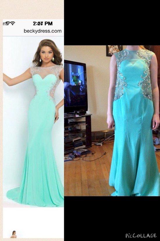 blue dress fail