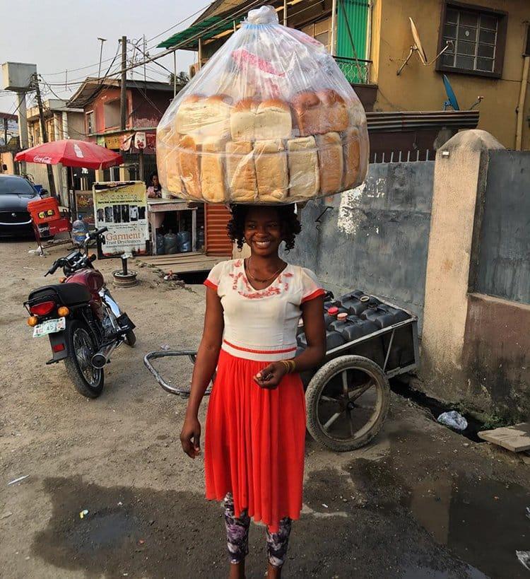 bread-seller-photobomb-modeling-contract-olajumoke-orisaguna-pro