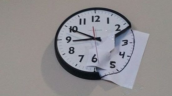 broken clock paper repair