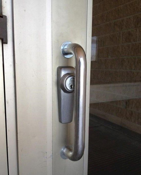 designers-one-job-fail-lock