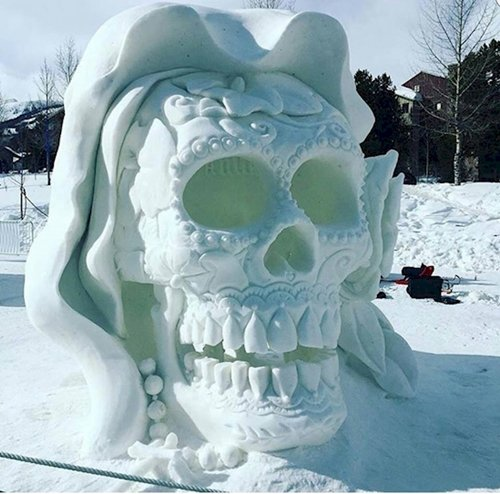 fresh-angle-snow-sculpture