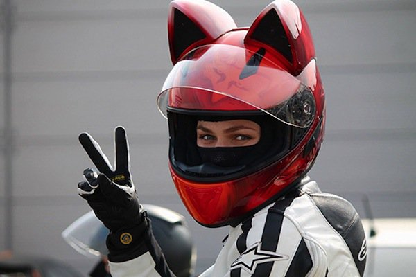 helmet-cat=red