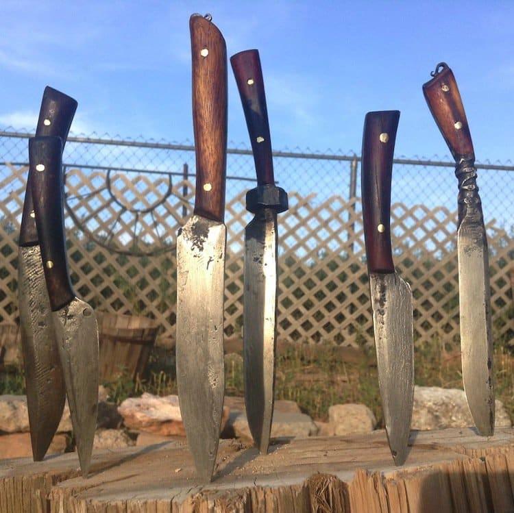 knives-many