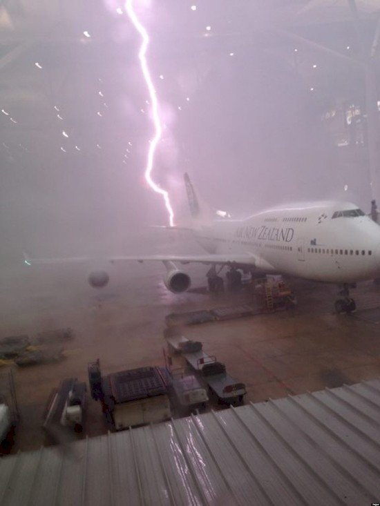 lightning strike plane