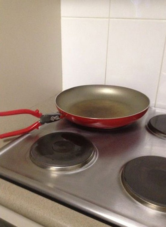 pan missing handle