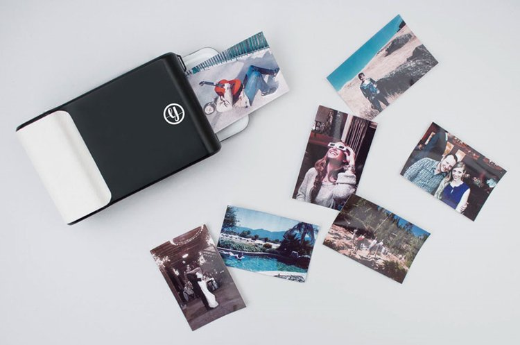`polaroid-phone-case-instant-pictures-prynt-strips