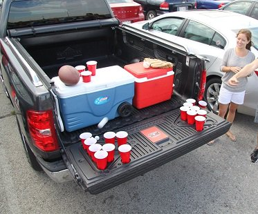 tailgate beer pong