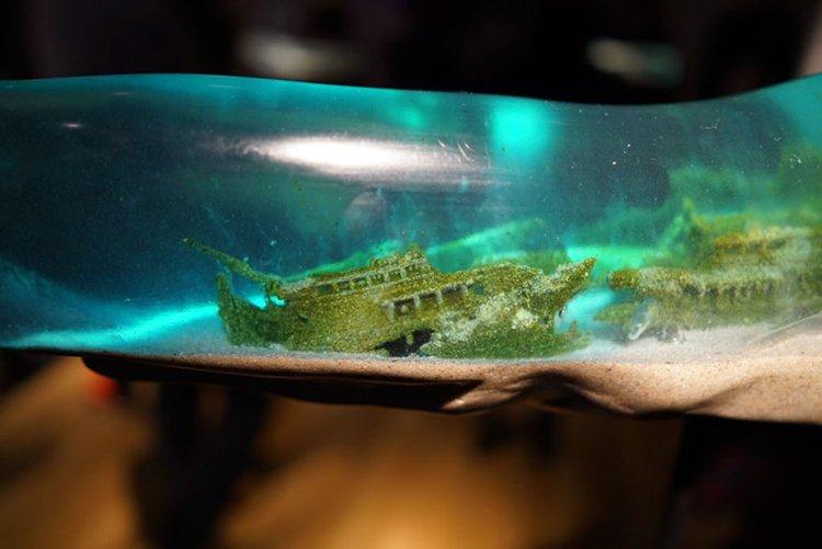 translucent-whale-sculptures-isana-yamada-shipwreck