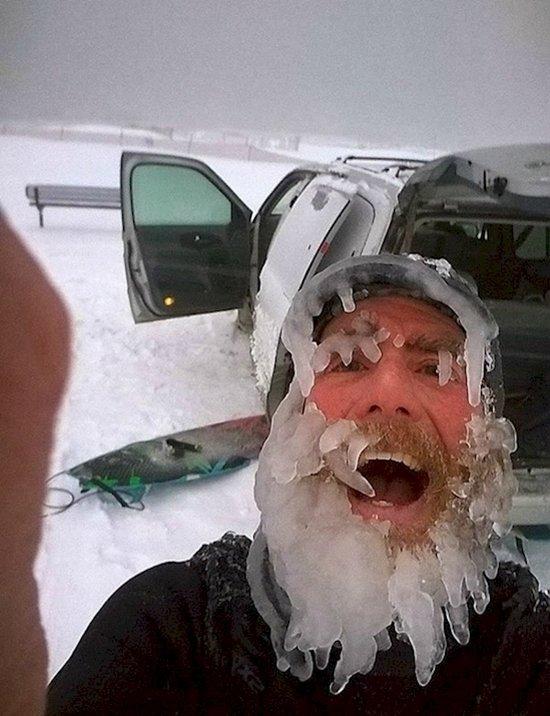 weird-russian-winters-selfie