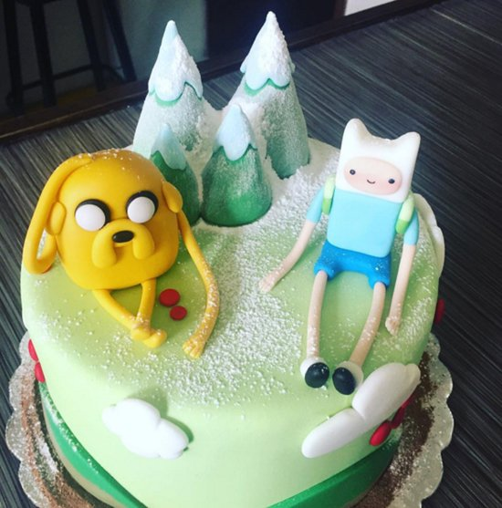 adventure-time-cakes-snow
