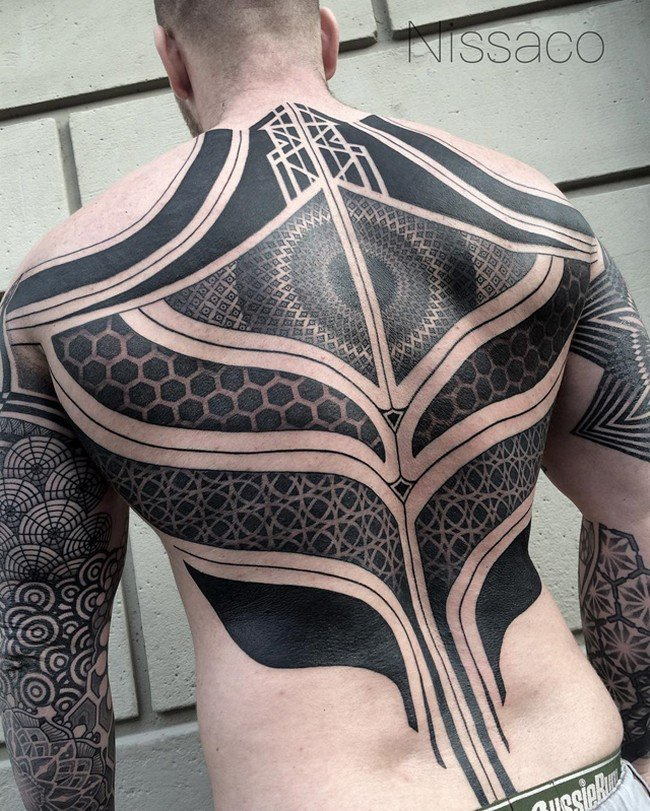 14 stunning 39 blackout 39 tattoos that you 39 ll be amazed by