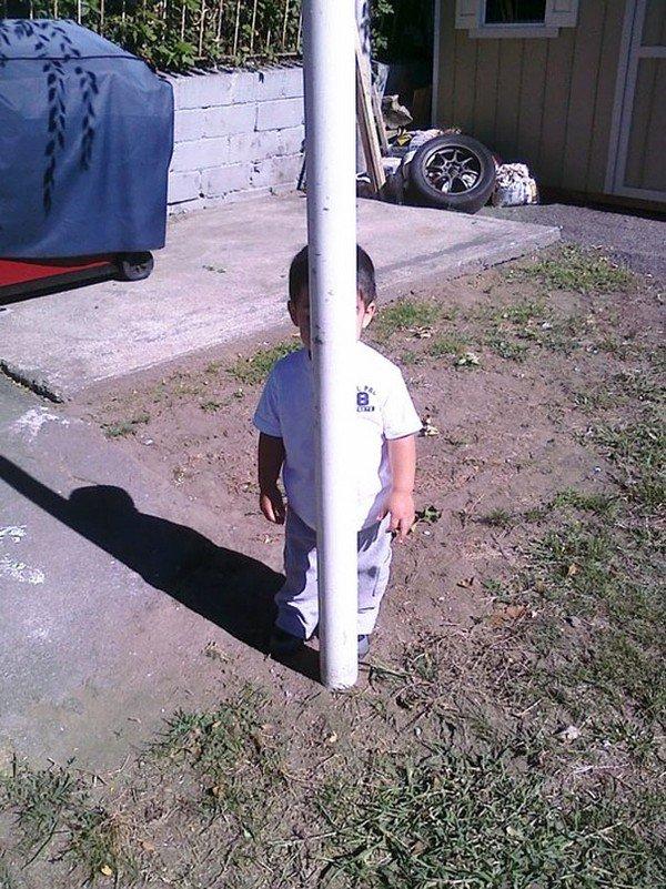 boy hide post
