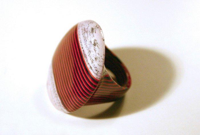 circular book ring
