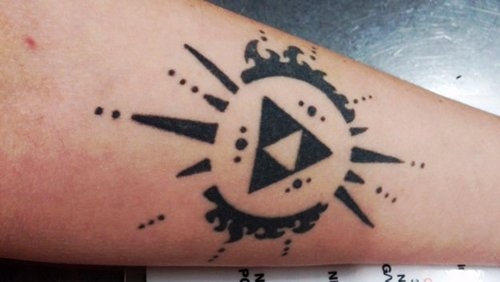 geeky-tattoos-loz