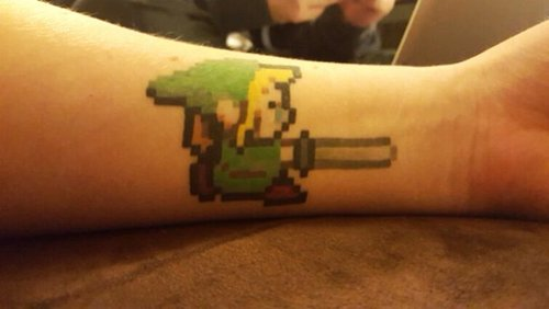 geeky-tattoos-pixel-link