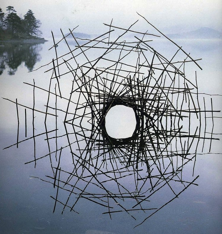 goldsworthy-sticks