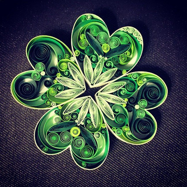 green quilled paper