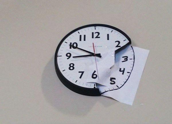 hacks-clock