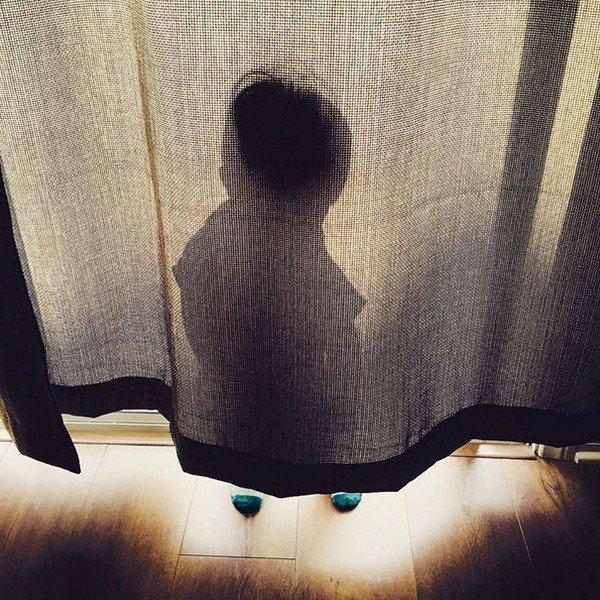 hide curtain