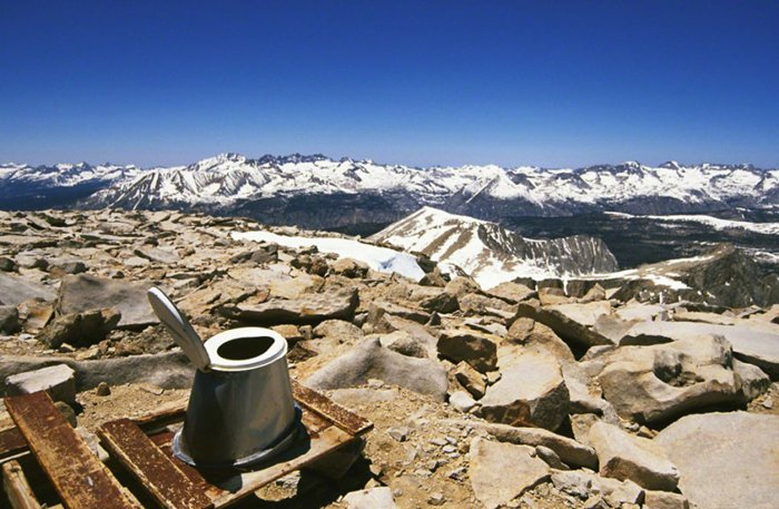 loo-with-a-view-mount