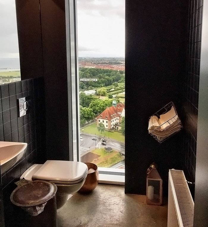 loo-with-a-view-sweden