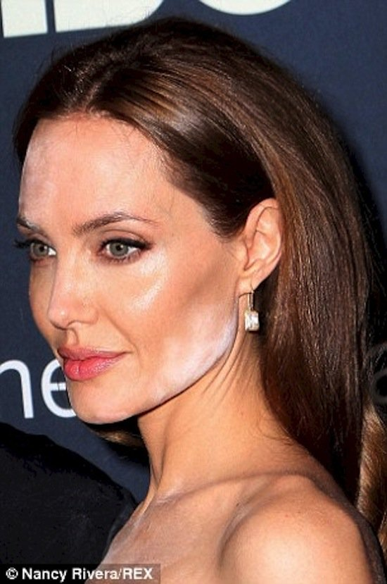 10 Of The Worst Celebrity Make Up Blunders Ever