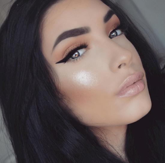 makeup-liner