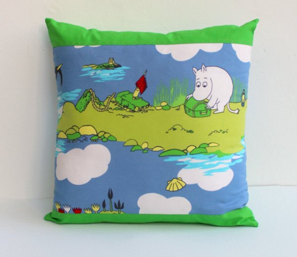 moomin-decor-cushion