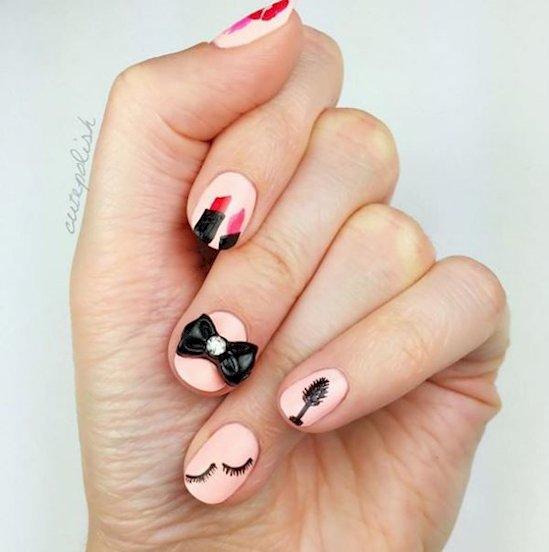nails-bow